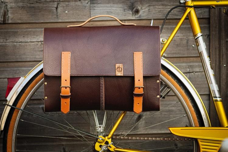sacoche bois et cuir pour bicyclettes