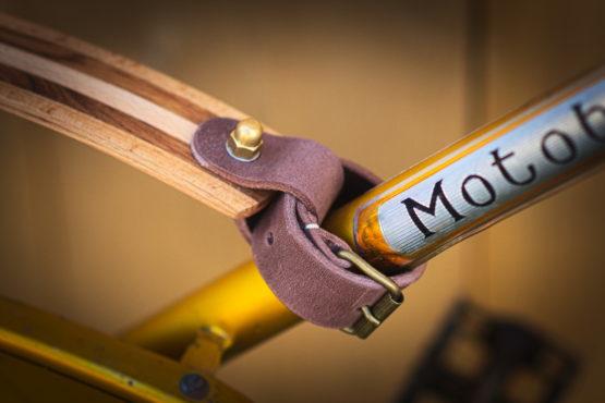 Poignée cuir et bois vélo motobécane
