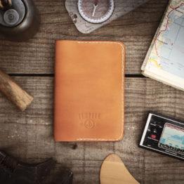 Porte passeport cuir tannage végétal fabriqué en France